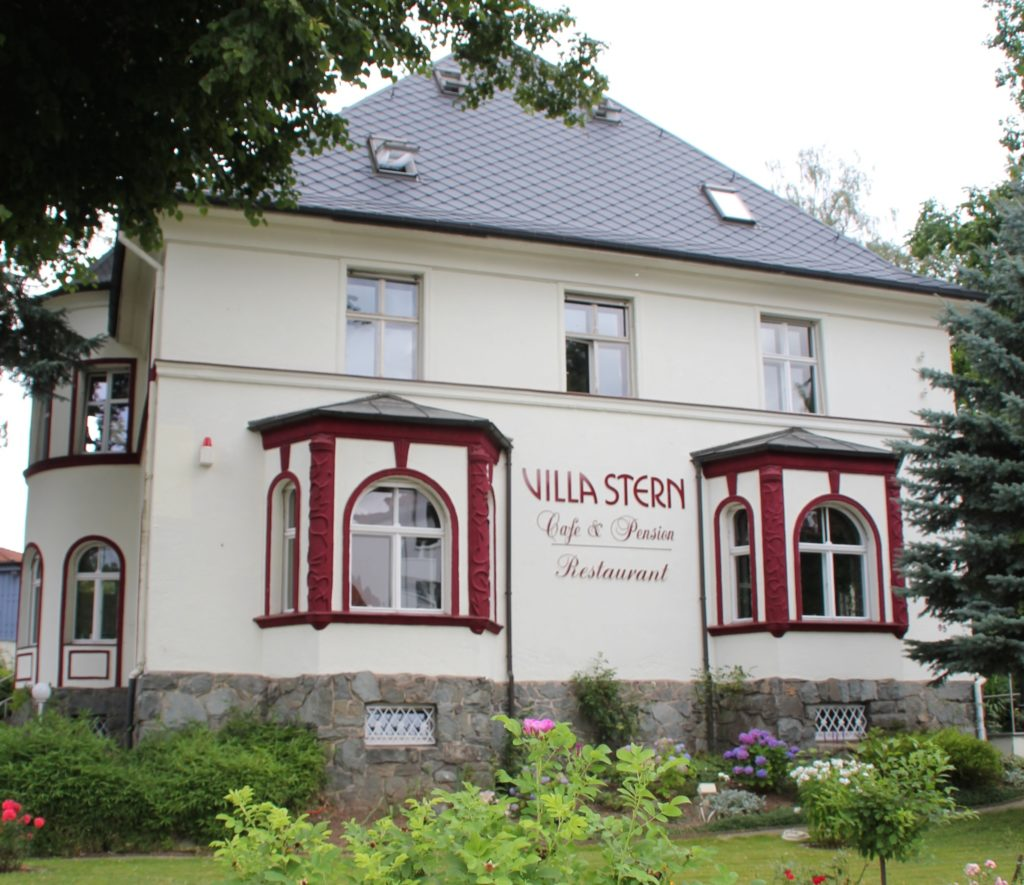 Restaurant & Pension Villa Stern